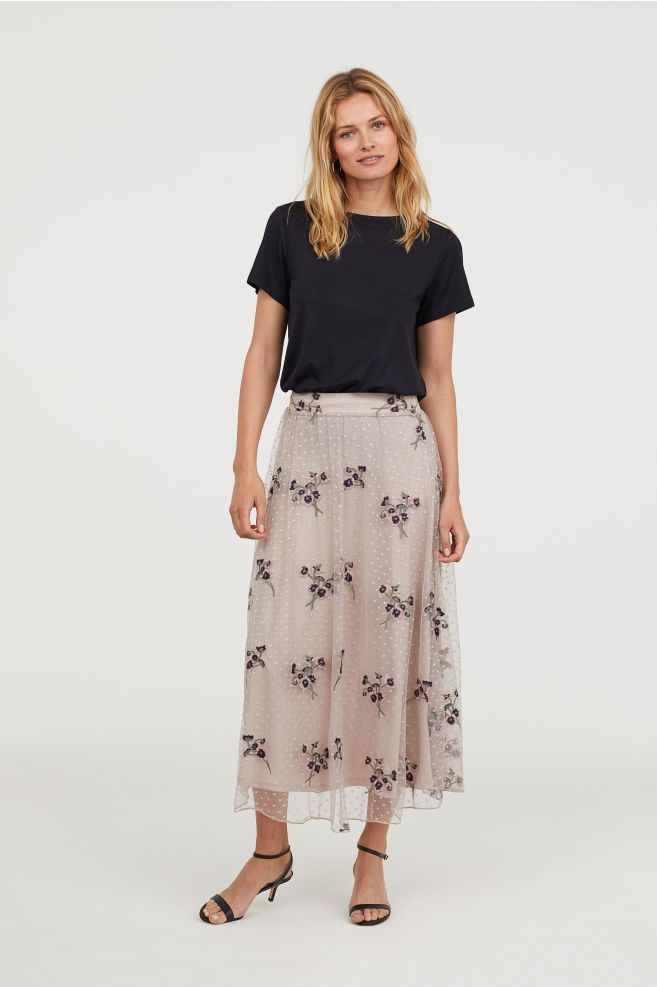f19124b85593c3 Embroidered Mesh Skirt in 2019   All about that Skirt life   Every ...