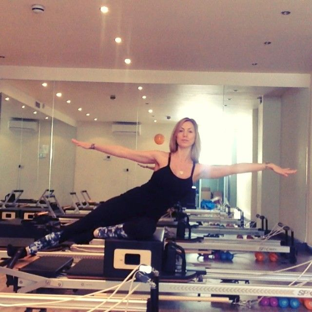 17 best images about pilates on pinterest hip openers for Gimnasio cardio pilates