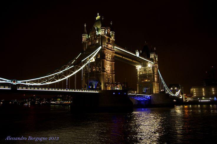 Tower Bridge (London) / by Alessandro Borgogno