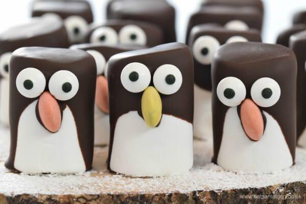 Christmas marshmallow recipes, easy marshmallow penguins from Eats Amazing