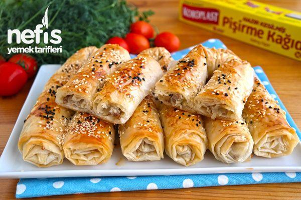 Videolu anlatım Yedikçe Yedirten Pastane Böreği (videolu) Tarifi nasıl yapılır? 3.176 kişinin defterindeki bu tarifin videolu anlatımı ve deneyenlerin fotoğrafları burada. Yazar: NYT Mutfak