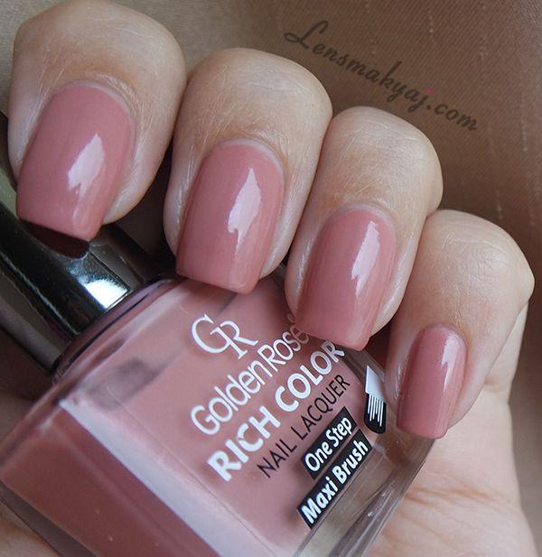 Kolor, który pasuje do każdej stylizacji: Golden Rose Rich Color 54