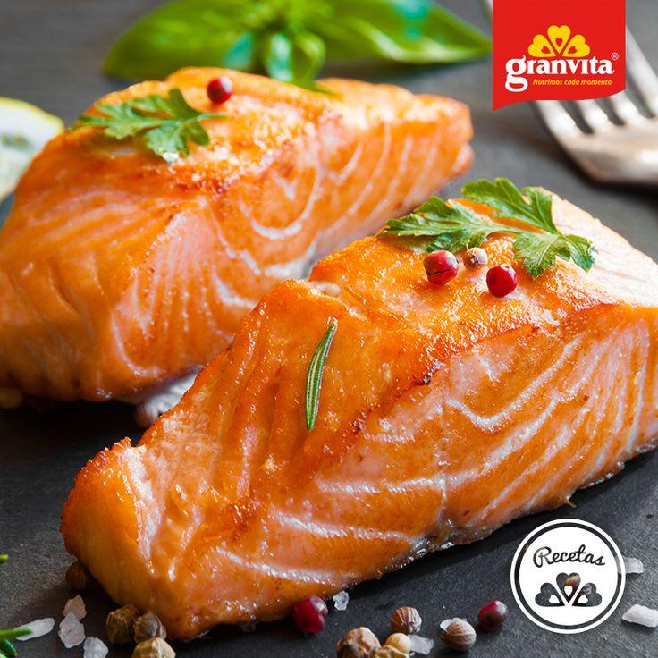 El salmón es fuente de Omega 3, el cual resulta excelente para el cuidado de la piel.