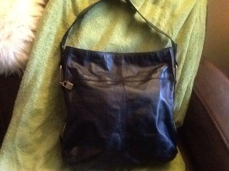 Tommy Hilfiger Black Leather Shoulder Bag (Found at Talize/Kitchener in EUC for $9.99 - 10% Discount = $$8.99)