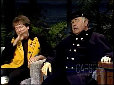 ▶ Jonathan Winters & Robin Williams in Funniest Moments on Johnny Carson's Tonight Show - YouTube