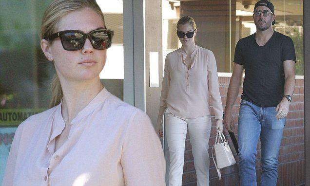 Kate Upton takes husband Justin Verlander shopping
