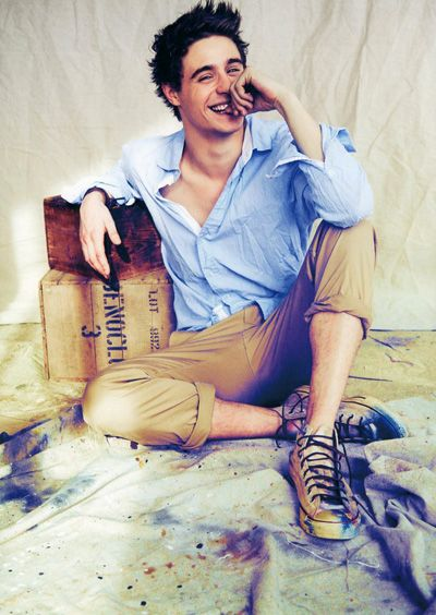 Max Irons- plays king edward in the white queen... such a fittie.