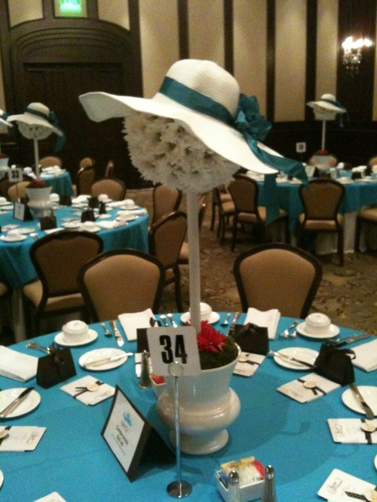 Fresh Flower Centerpiece Used For The A Brunch Quot Hat Off