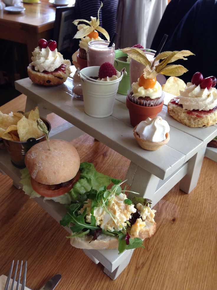 Afternoon picnic tea delicious at the garden kitchen for Kitchen tea ideas jhb