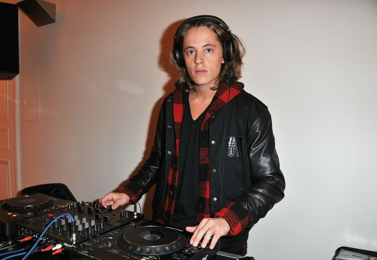 David Guetta, reste bien tranquille, DJ Mosey est dans la place.