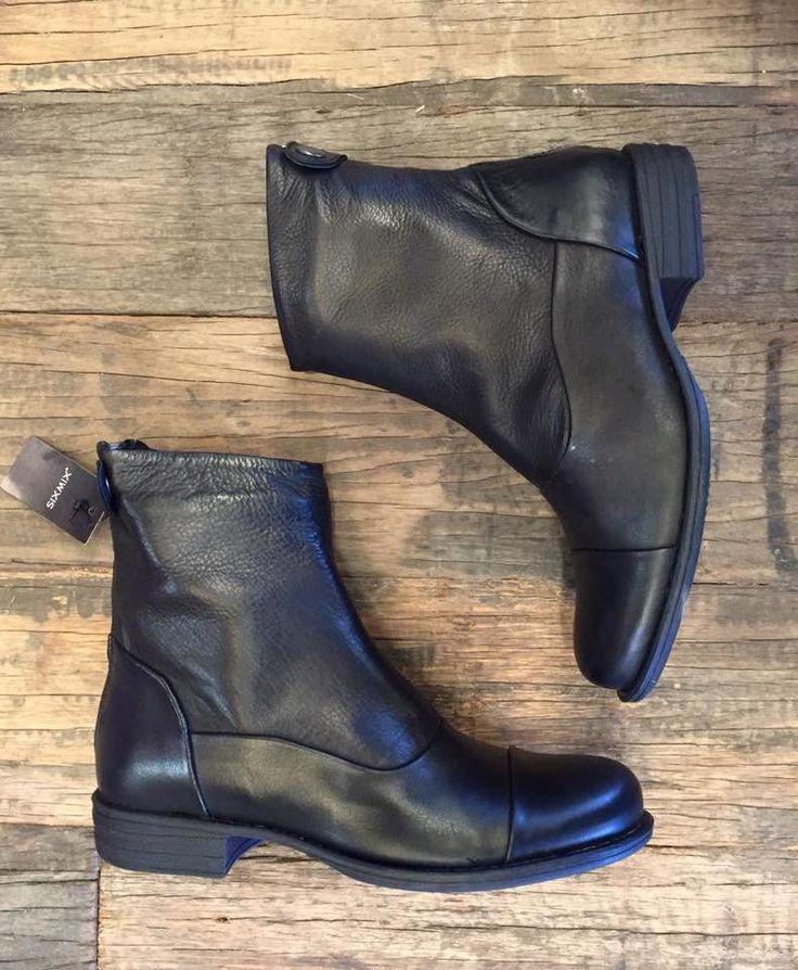 Sorte SIXMIX læderstøvler i blød kvalitet. Havanna Shoes.