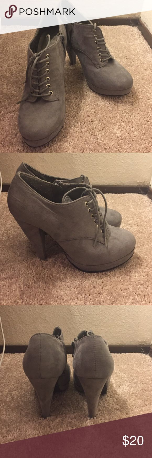 Grey Bootie Lightly worn grey bootie! Easy to dress up or down! Shoes Ankle Boots & Booties