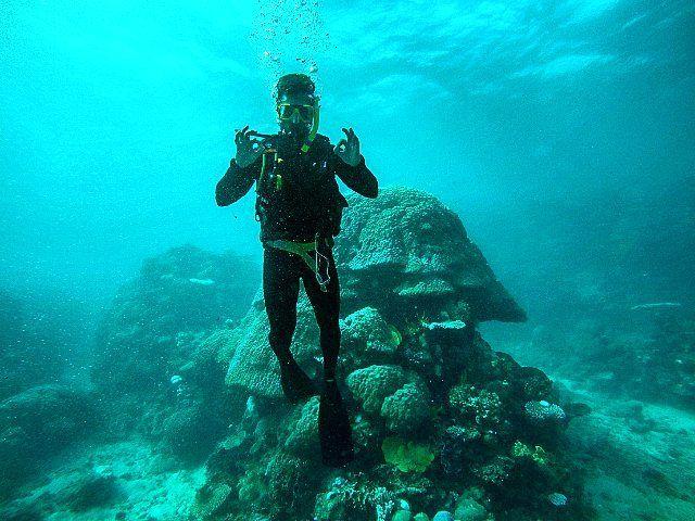Dyka i stora barriärrevet i Australien#australia #oceania #greatbarrierreef #fun #happy #love #sea #instagram #trip #photooftheday #instago #instalike #instagood #instapassport #igers #igtravel #travel #traveling #travelling #sebbepalift by thorstensson93 http://ift.tt/1UokkV2