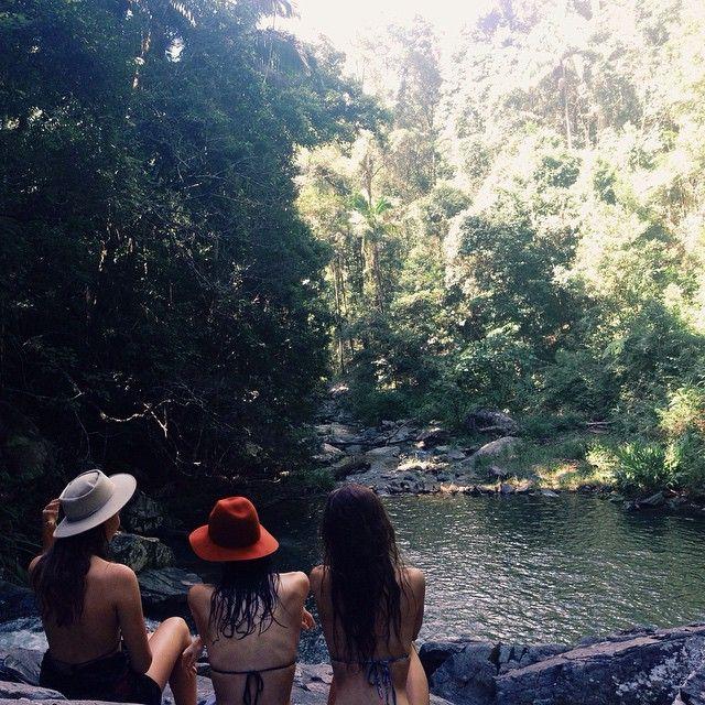 currumbin valley rock pools