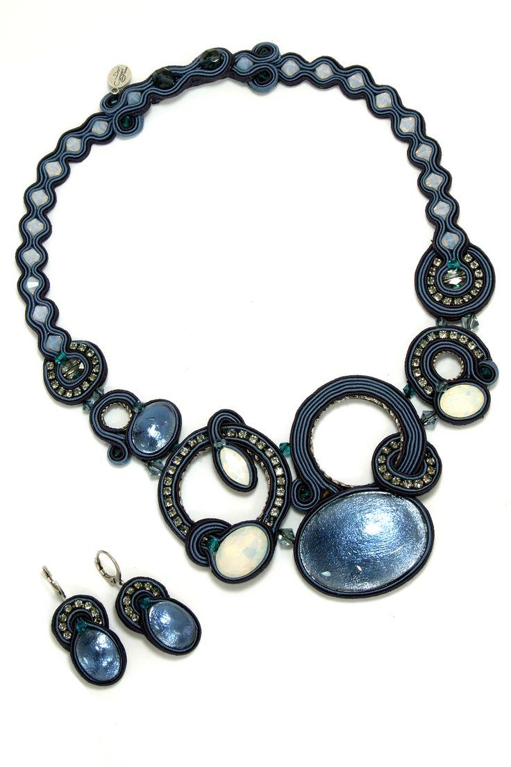 Collezioni Accessori n°85, #DoriCsengeri Polish Metal, Lookbook, #AW16/17 #jewelry #fashion #style #mood #romantic