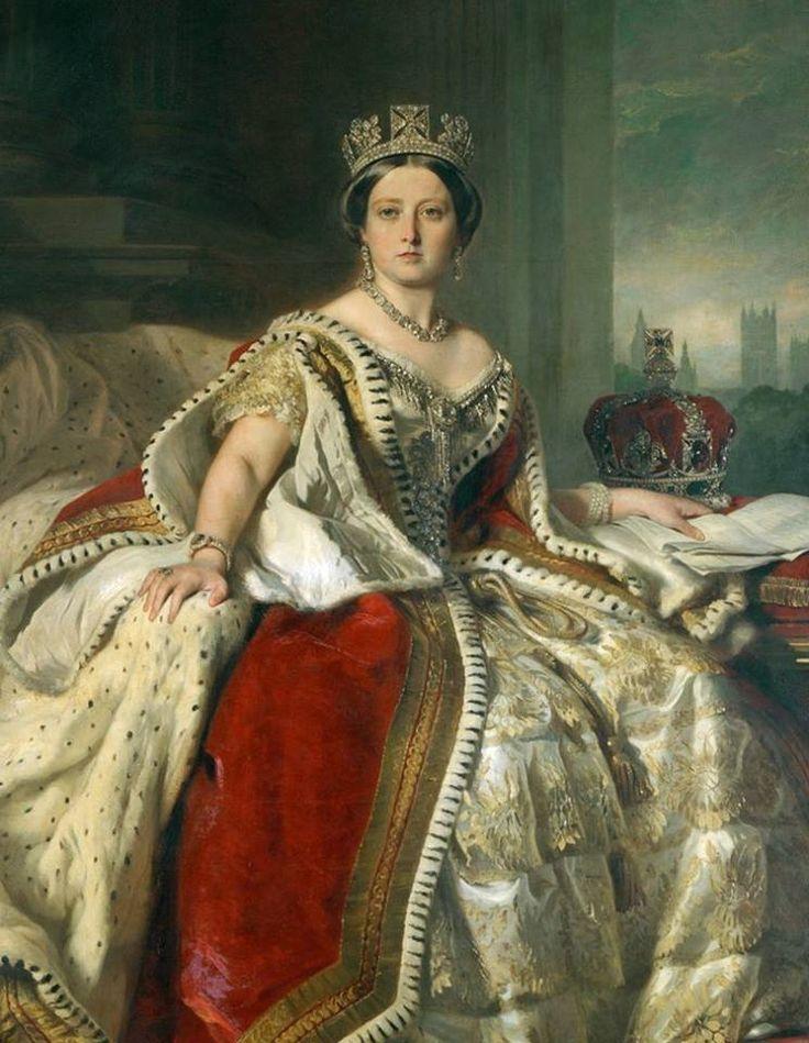 """Conform spuselor ei, Regina Victoria a fost """"crescută cu deosebită simplitate"""" la faimosul și frumosul palat Kensington din Londra.   Află ce nu știai despre regină chiar de aici » https://issuu.com/performance-rau/docs/nr-50-mar-2016/56"""