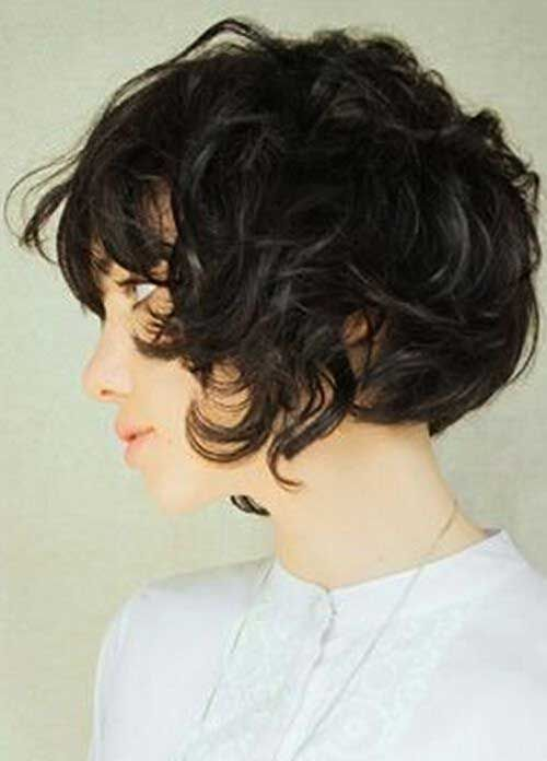 13.Curly Perms Short Hair