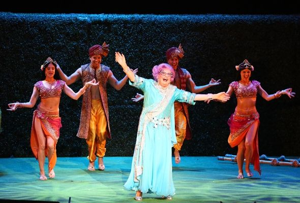 Barry Humphries  #WOW247 live review #WOWtheatre