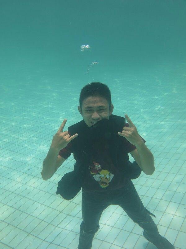 Underwater Fashion. Captured by Bang Buntel