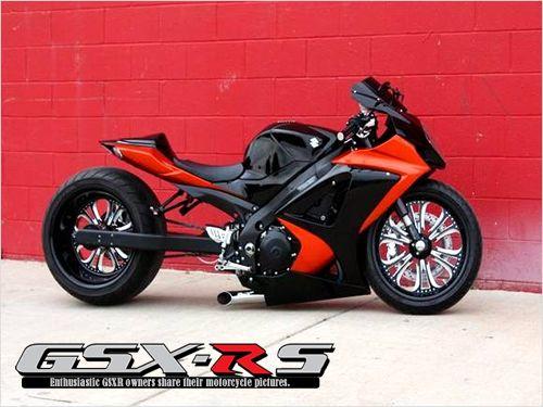 2007 GSXR 1000   Red & Black