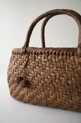 Japanese basket, 山葡萄 蔓 かごバッグ                                                                                                                                                      もっと見る