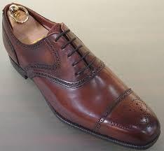 zapatos de vestir brogue
