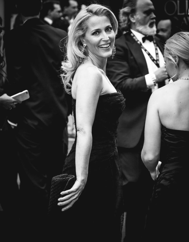 Gillian Anderson arrives at the 2015 Olivier Awards in London.