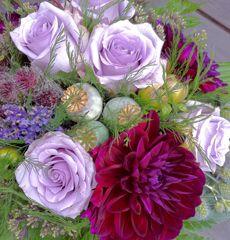 Brudbukett i lila toner