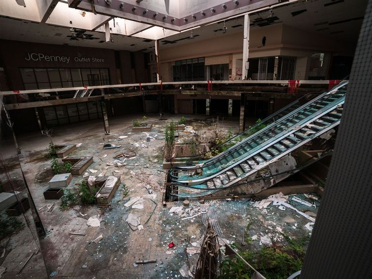 Best Abandon Shopping Malls Images On Pinterest Retail - 30 haunting images abandoned shopping malls