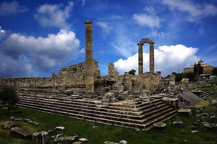 #didyma #didim #aydın #antik #history #tarih #roma #türkiye #turkiye #sanat #art #mimari #kültür #photoart #yalçınkoçer #ayranakıllı #varuna #gezgin #gezenti http://turkrazzi.com/ipost/1521817638136001681/?code=BUelRQ2BTSR