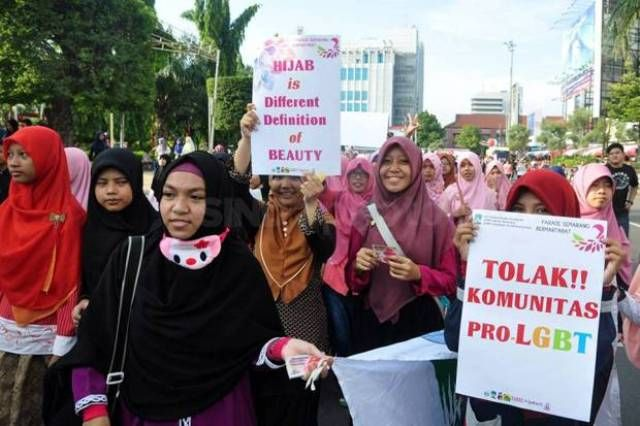 Masjid kampus se-Indonesia tolak LGBT!