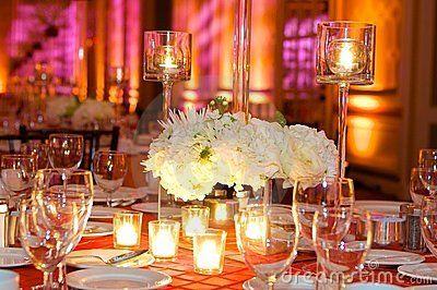 Configuration de Tableau à une réception de mariage de luxe