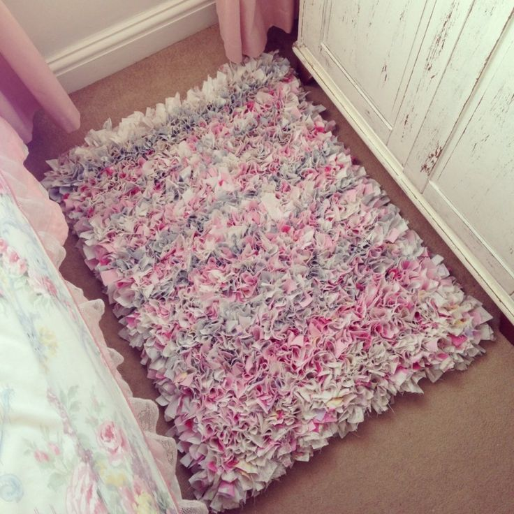 Today's project!! A Big Round DIY RAG RUG for Paige