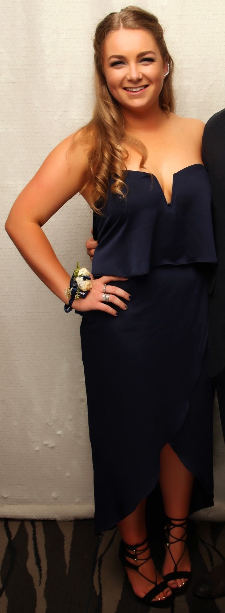 St Kentigern College Ball 2016. Love this strapless look! www.whitedoor.co.nz