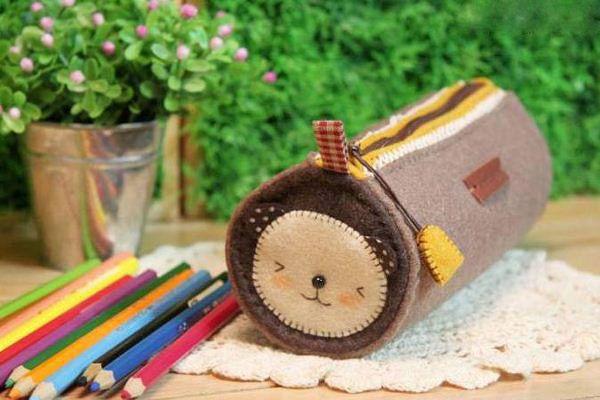 Kerajinan Tangan Dari Kain Flanel | Kerajinan Kotak Pensil Dari Kain Flanel dan Cara Pembuatannya Yang Simple | Tempat Pensil Terbaru #KerajinanTangan #Kerajinan