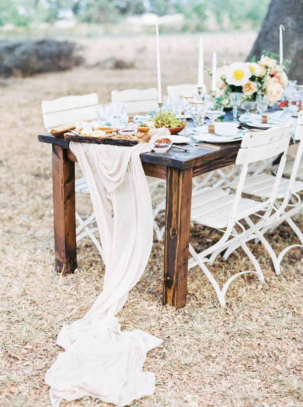 Wedding decor: http://www.stylemepretty.com/2015/09/15/wedding-planning-made-pretty-your-top-5-searches-on-the-vault/