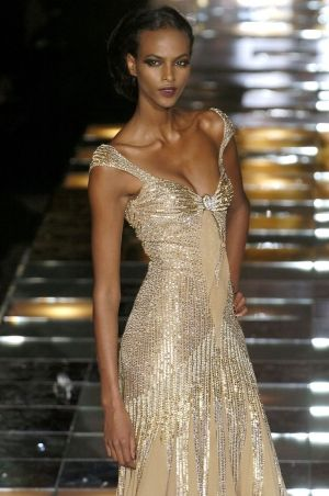 Elie Saab Fall Couture. so pretty! Would so wear this out on a night for New Year's Eve! by corinne