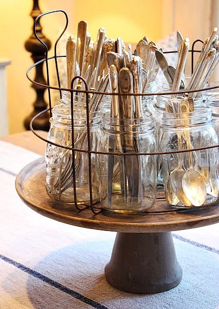 Organizing with jars - organize your silverware in jars