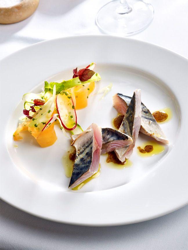 Crom'Exquis : Le restaurant de Pierre Meneau.