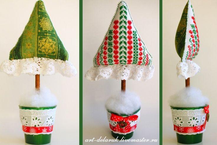 DeLa'Ruk Mondo in giro ...: alberi di Natale sono diversi ... verde, bianco, rosso)))