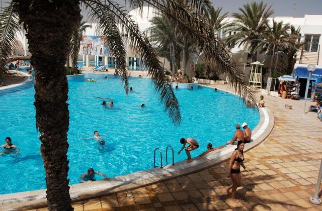 Piscine du Club Marmara Dahlia 3* #vacances #voyages #Tunisie