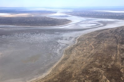 Lake Eyre Goyder Channel December 2012