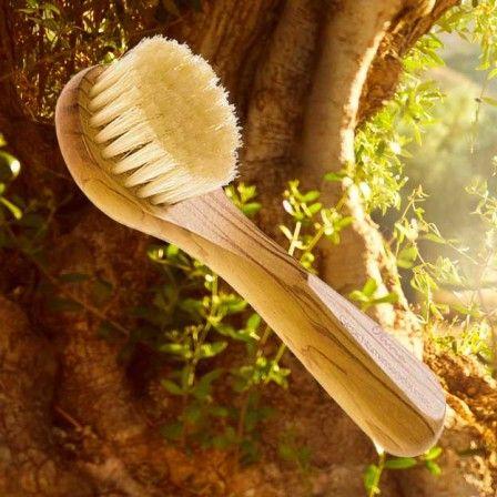 Gezichtsborstel voor het droog en nat borstelen van je gezicht en hals (droog en nat). 11,50 euro