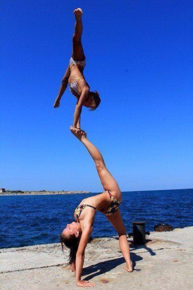 These girls look so free and strong in their bodies .....,