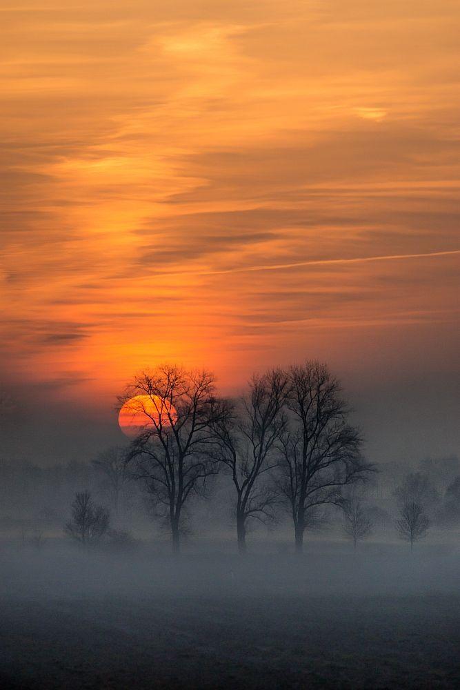 - #Sonnenuntergang - #Sun goes down -  In der Nahe von Hotteln - Niedersachen - Germany by HolgerEggers
