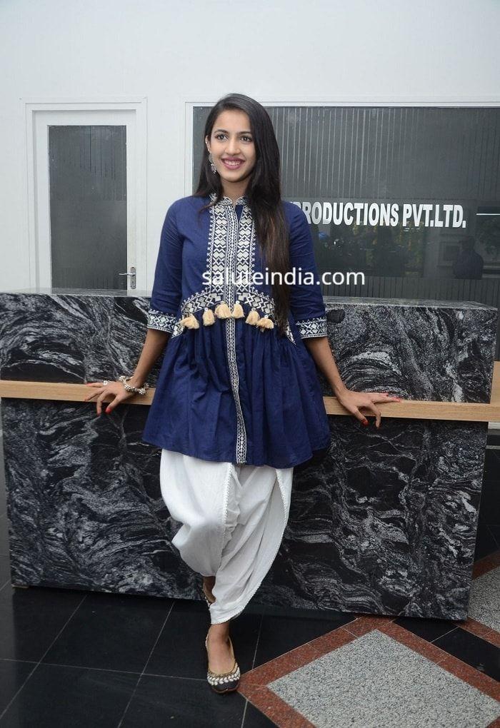 Pin by saluteindia on Niharika Konidela Fashion, Harem