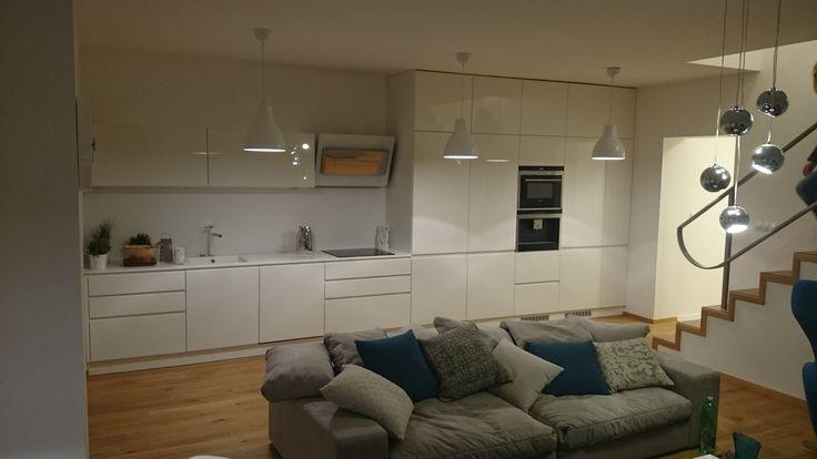 Kuchynská linka + interiér na mieru