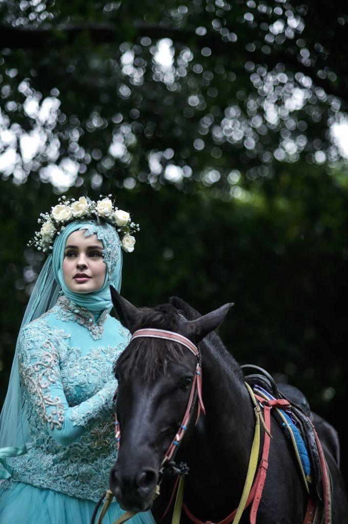 Laksmi Wedding Trend 2017 by LAKSMI - Kebaya Muslimah & Islamic Wedding Service - 022