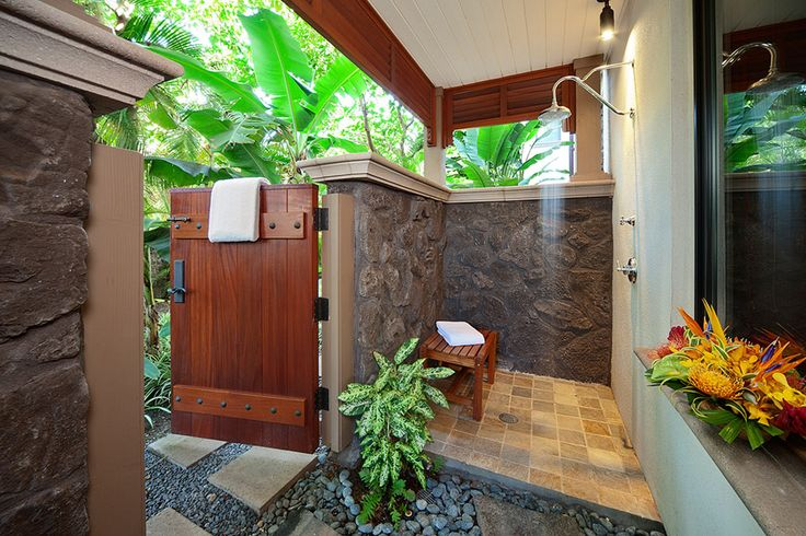 Private Outdoor Shower Grotto Off Master Bedroom D101