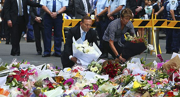 Australian PM lays flowers at memorials for siege victims